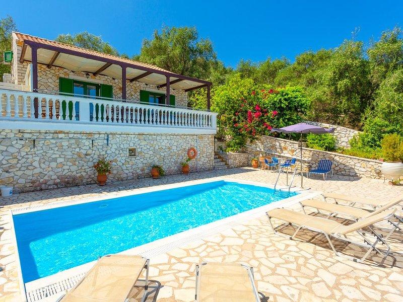 Villa Anastasia: Large Private Pool, Walk to Beach, Sea Views, A/C, WiFi, Car No, location de vacances à Paxos