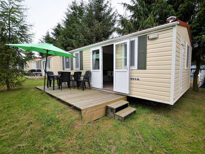 Cute Mobile Home in Januv Dul Bohemian near Forest, holiday rental in Mnisek