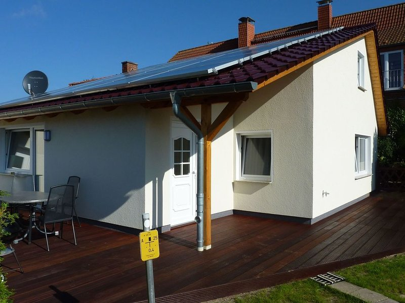 Cozy Holiday Home in Rostock Germany near Beach, location de vacances à Warnemnde