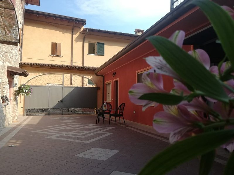 LA CAPUCCINA CASA VACANZE, holiday rental in San Giorgio