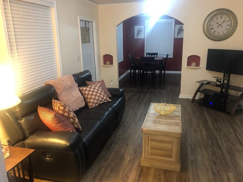 The Sunshine Home Stay, vacation rental in Jacksonville