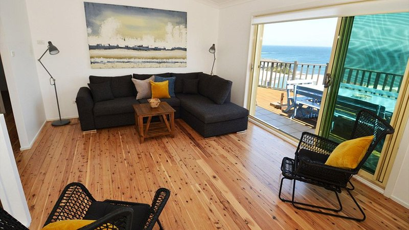 Sunset At Seven - walk to the beach, holiday rental in Gerroa