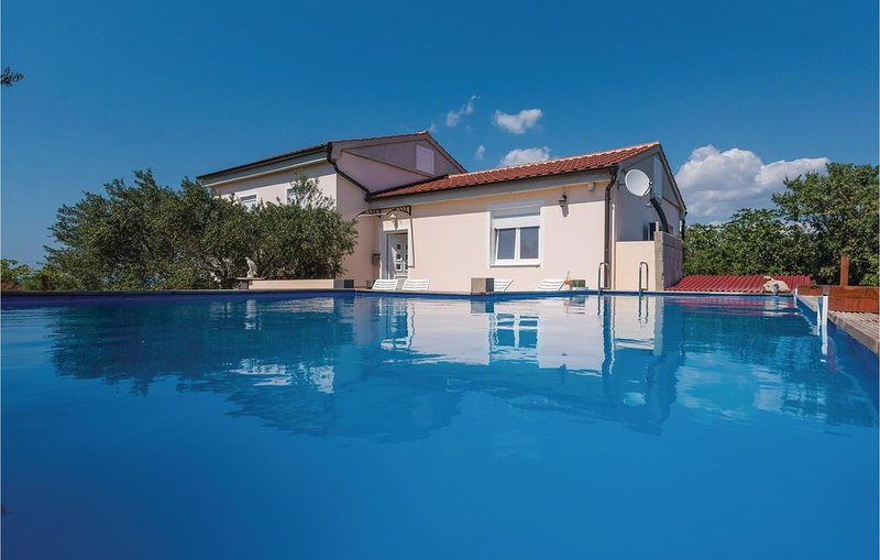 4 Zimmer Unterkunft in Vir, vacation rental in Vir
