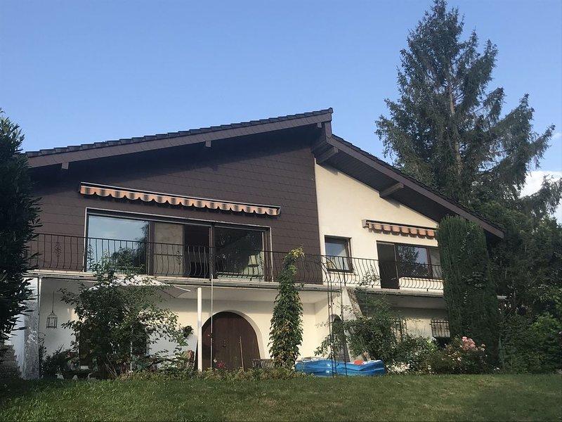 Landhaus - mit Blick über die Hügel der Pfalz, vacation rental in Dannenfels