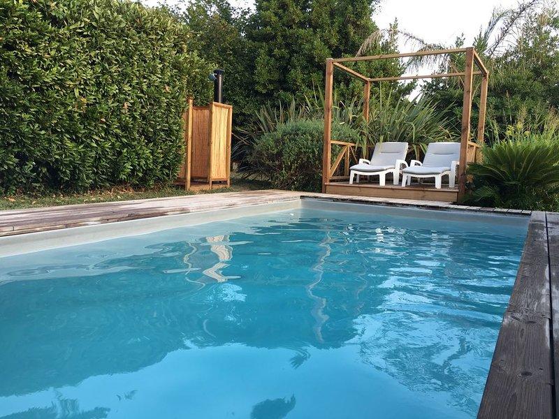 Joli pavillon avec jardin privatif sur les collines de Cagnes sur Mer, alquiler de vacaciones en Cagnes-sur-Mer