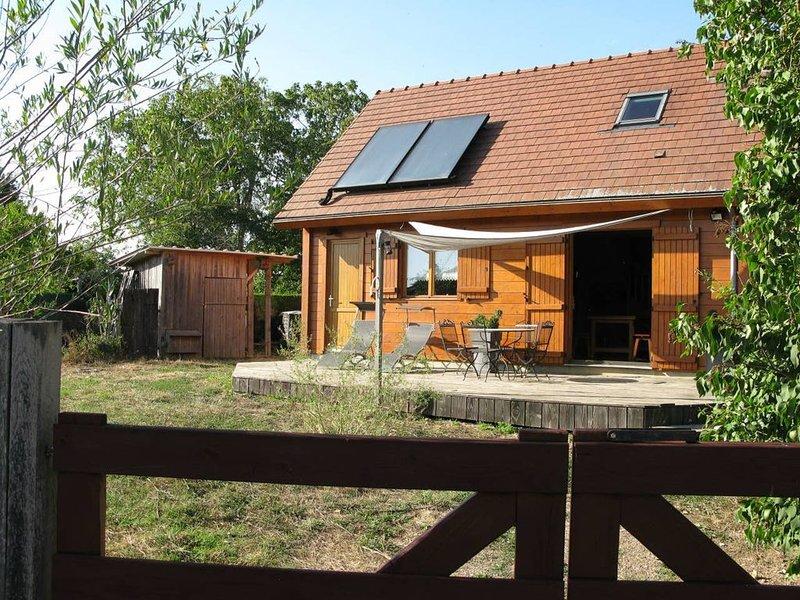 Chalet écologique à la campagne, vacation rental in Sainte-Colombe-sur-Loing