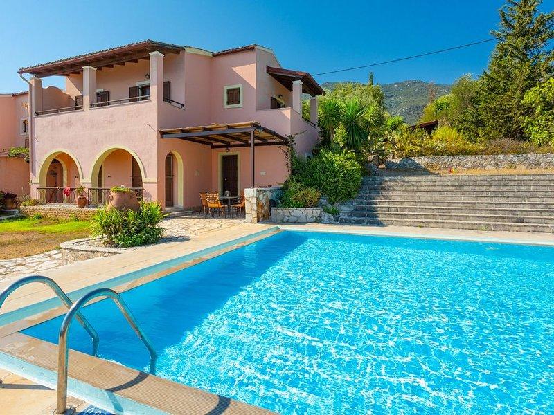 Villa Luisa: Large Private Pool, Walk to Beach, Sea Views, A/C, WiFi, holiday rental in Barbati