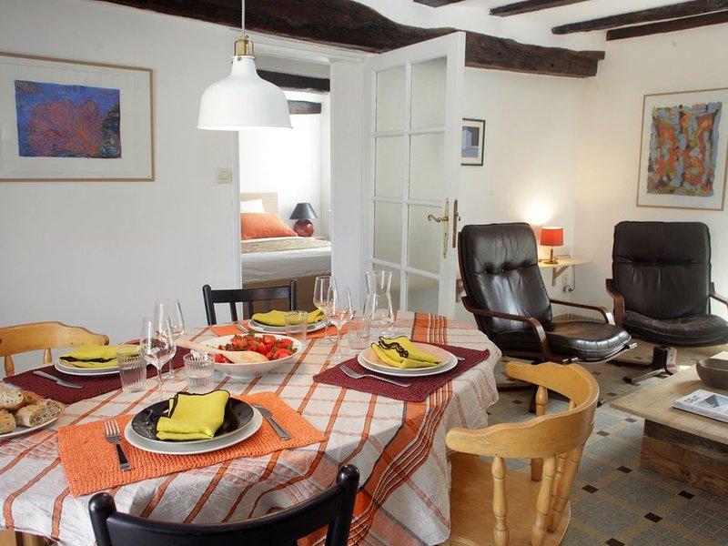 'La Poésie' Maison et jardin à Varennes sur Loire, holiday rental in Allonnes