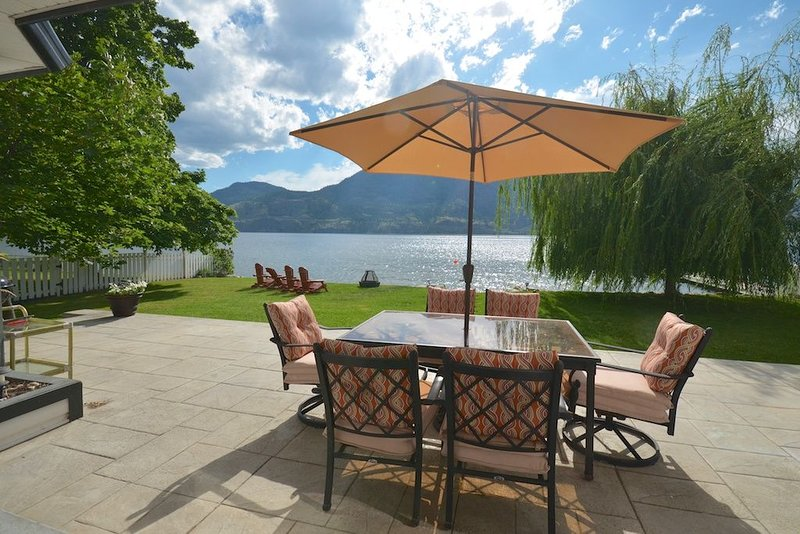 Skaha Lake House !!!, holiday rental in Okanagan Falls