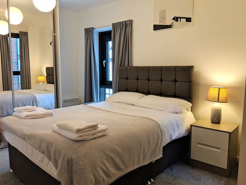 Brewery Village apartment in Baltic Triangle, holiday rental in Bebington