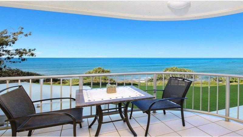 Absolute waterfront, stunning ocean views, vacation rental in Kings Beach