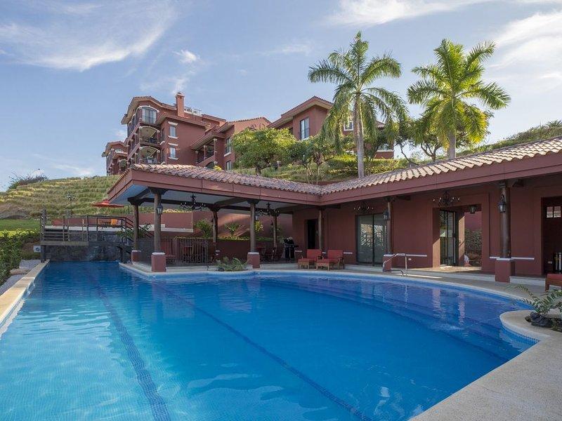 Reserva Conchal Ocean View Luxury Condo 3 bedroom, holiday rental in Playa Conchal