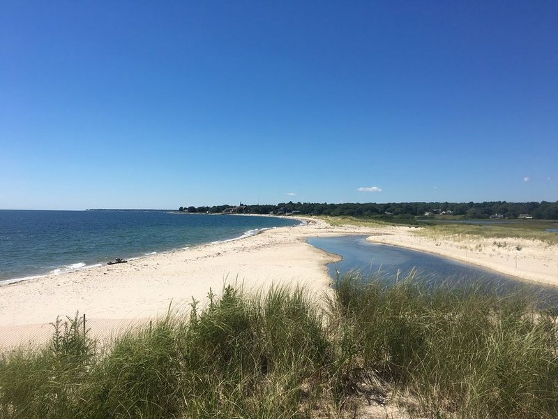 Connecticut Shore Getaway with Cove Views- Close to Harkness, vacation rental in Connecticut