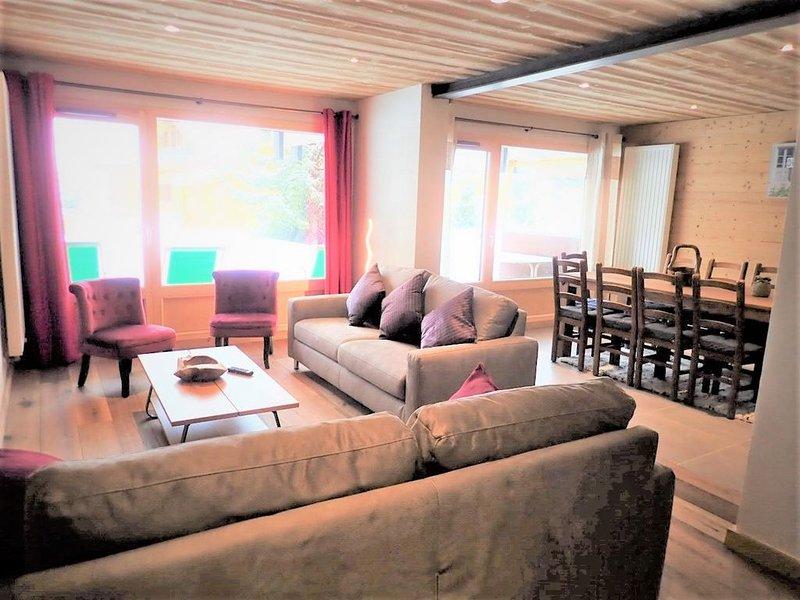 Alpe d'Huez centre, La Géode,  prox pistes de ski, appt , 4 ch, dans maison, vacation rental in L'Alpe-d'Huez