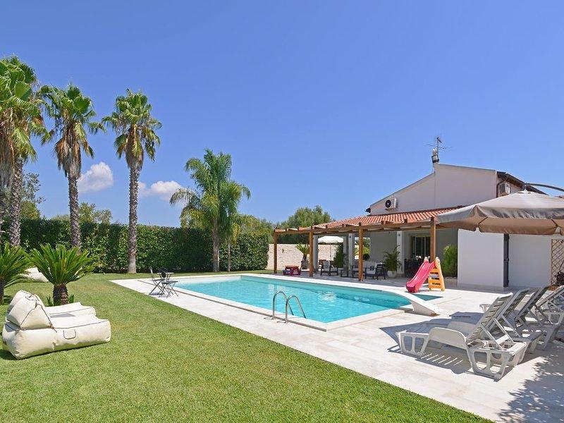 Elegante und moderne Villa auf dem Land mit Privatpool in der Nähe von Siracusa, location de vacances à Floridia