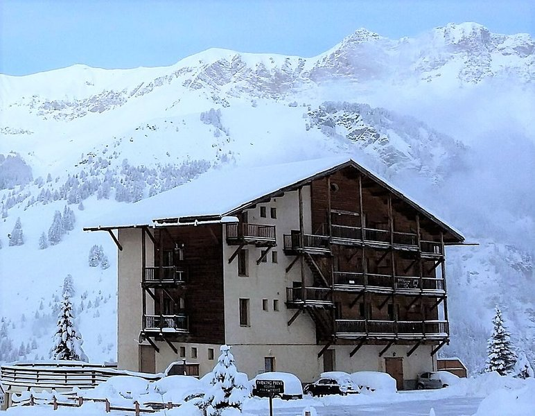 APPARTEMENT COSY  4* A SAINT-VERAN, 2/4 P, PRIX REDUIT A NOEL, vacation rental in Saint-Veran