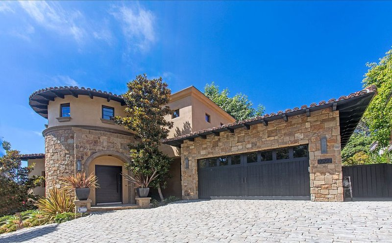 Del Mar Dream House with Panoramic Ocean Views, walk to Village center - Sleeps, vacation rental in Del Mar
