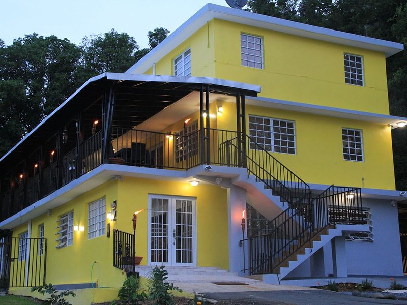Countryside, Near Beach,River,Lagoon,Spring, Sleeps up to 24 - 4BR, holiday rental in Orocovis