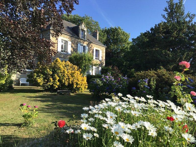 Baie du Mont-St-Michel. Le Clos de La Lande, location de vacances à Saint-Aubin-de-Terregatte