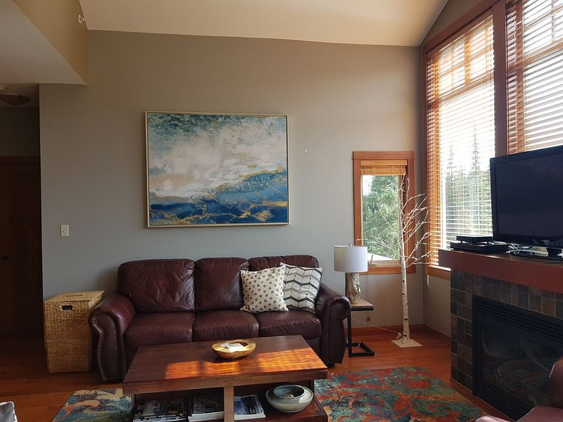 Settler's Crossing - Ski in/out, 2-Bedroom Condo, holiday rental in Pritchard