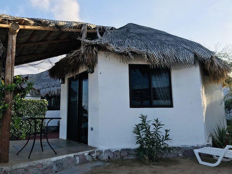Bungalows  Las Flores, holiday rental in El Sargento