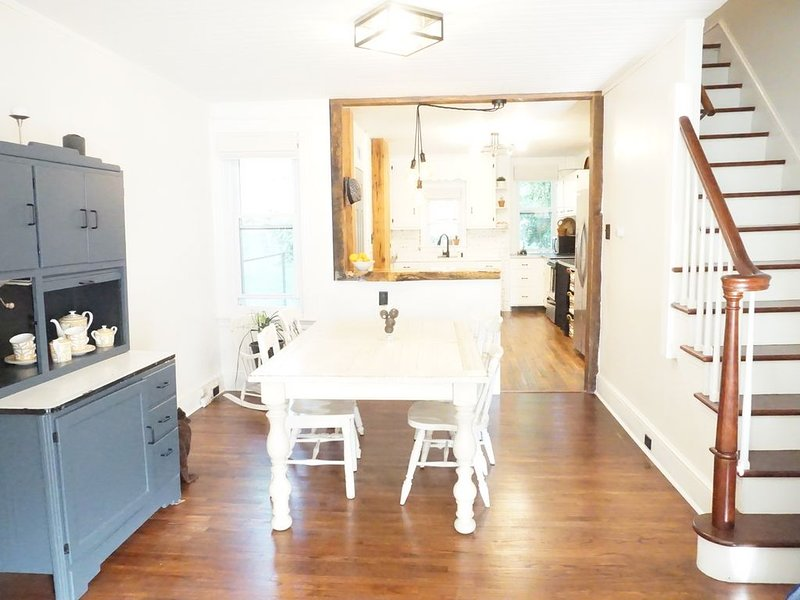 Charming Lancaster city home, location de vacances à East Petersburg