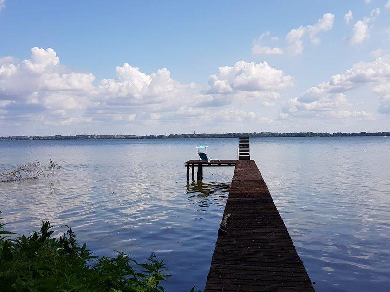Ferienhaus 'Seewind' direkt am Schweriner Außensee optimal für 4 Personen, alquiler vacacional en Schwerin