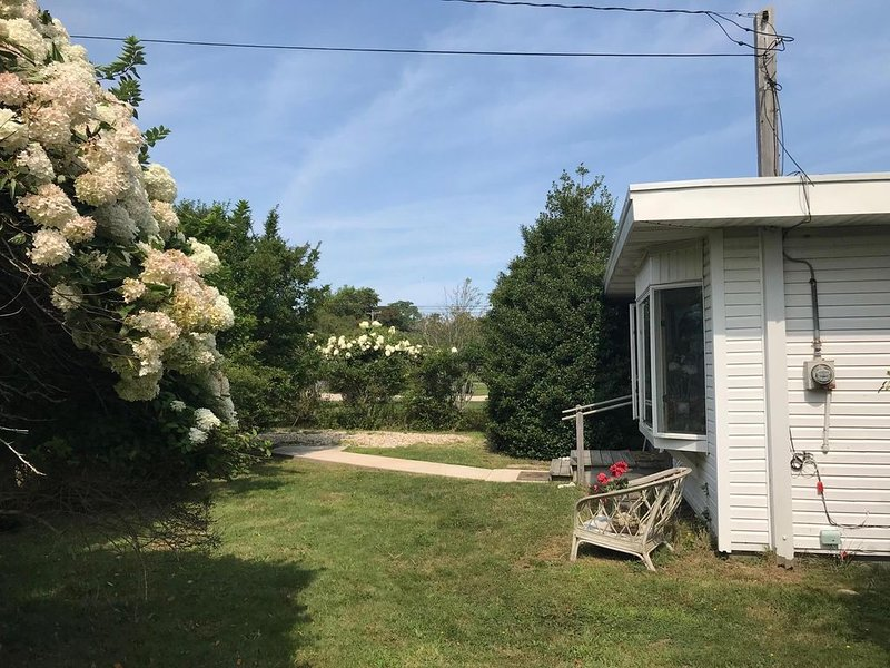 Montauk-Ditch Plains-3 Minute Walk to Beach-EH #20-1311, vacation rental in Montauk