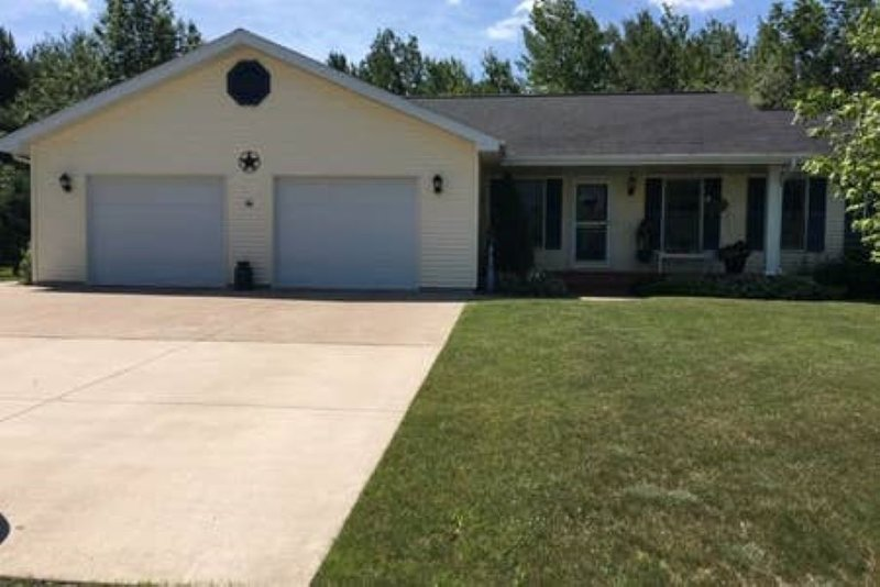 bay view, quiet and comfortable, holiday rental in Baraga