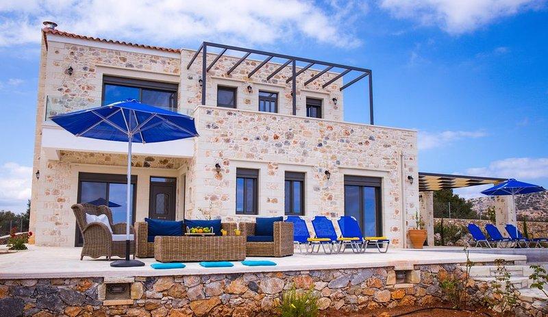 Villa Exclusive Mayaelisa - Vue mer - Piscine Privée - dans zone Natura 2000, holiday rental in Kefalas