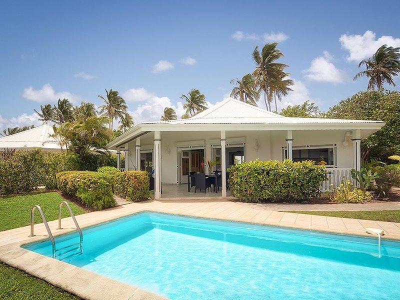 ALOE, villa de standing avec vue mer panoramique à Saint-François en Guadeloupe, location de vacances à Île Grande-Terre