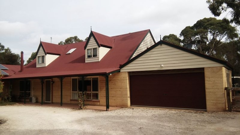 WELCOME TO DANALI  LODGE, holiday rental in Strathalbyn