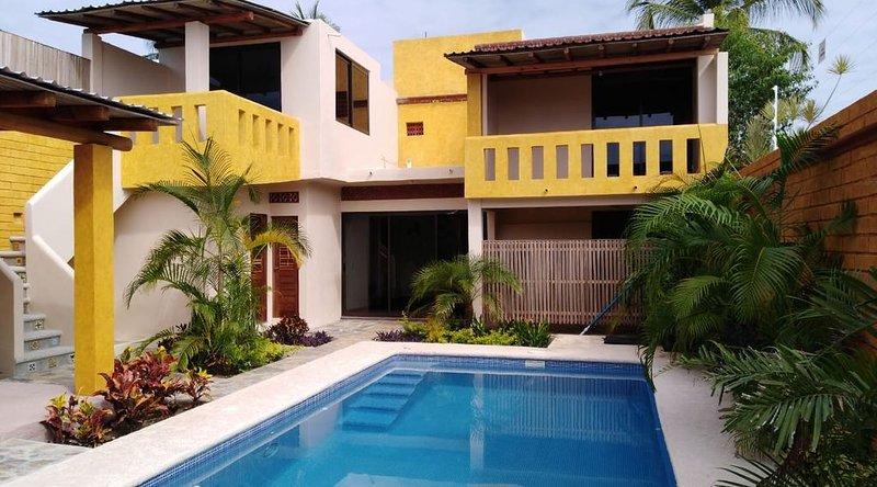 4 bd home near beach, location de vacances à Puerto Escondido