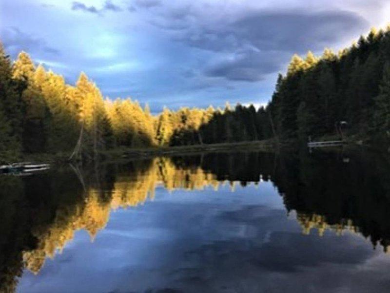 Lago ciego al atardecer
