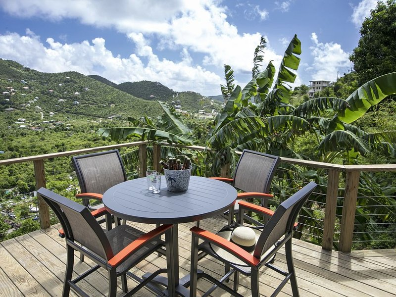 Banana Sweet - modern, chic apartment at an affordable price, holiday rental in Coral Bay