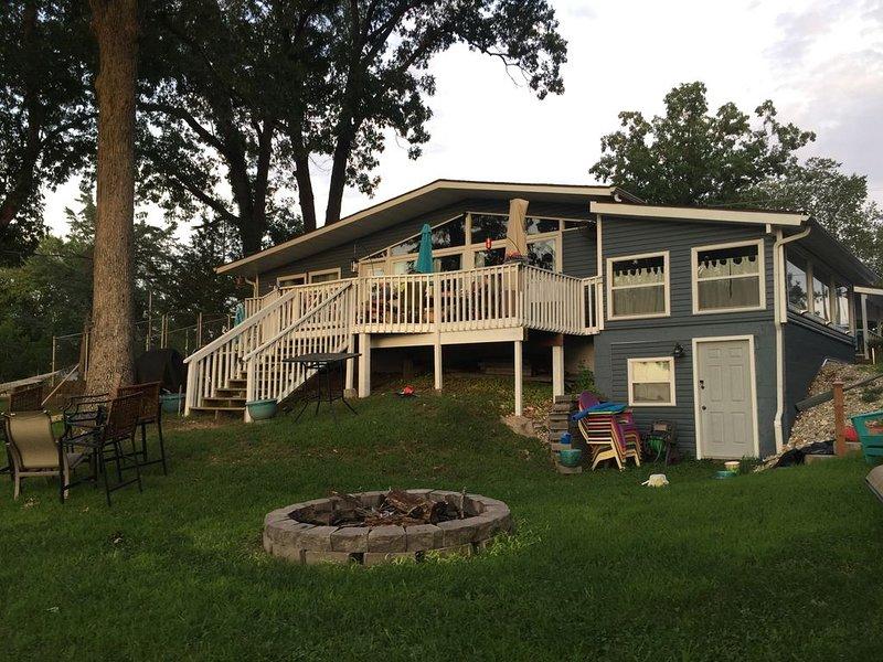 Klich Inn Lake Front Cottage, location de vacances à Sunrise Beach