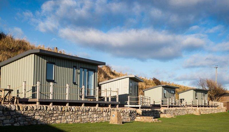 A standard beach hut that sleeps 4 guests  in 1 bedroom, alquiler vacacional en Anstruther