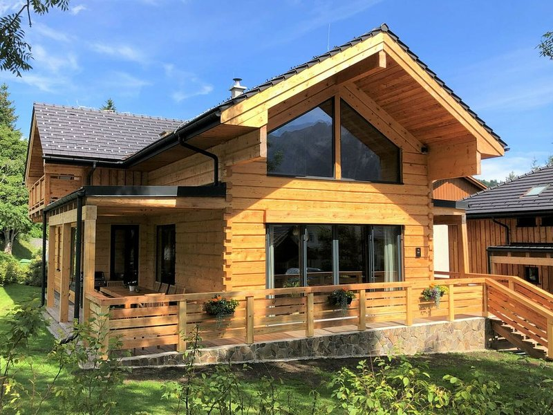 Modern Chalet in Tauplitz with Sauna, location de vacances à Bad Mitterndorf