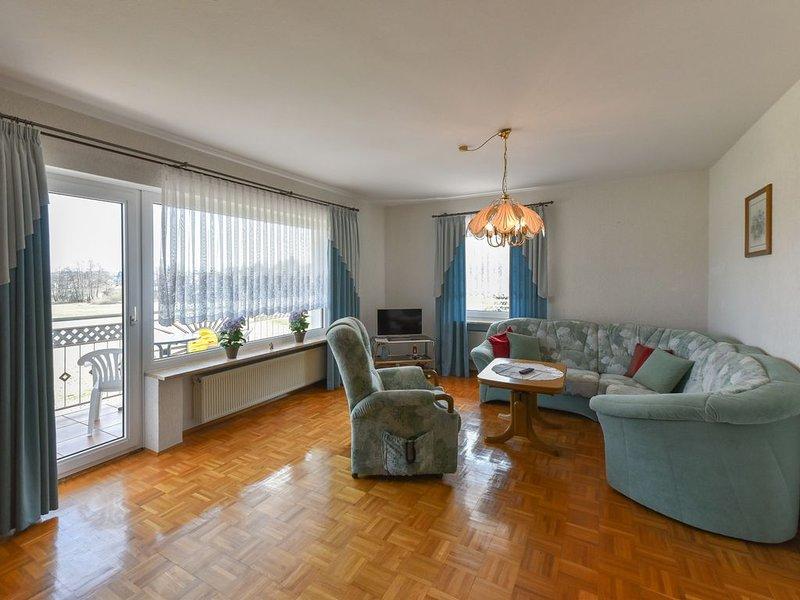 Gemütliches Ferienhaus mit Balkon für bis zu 4 Personen, vacation rental in Wunsiedel