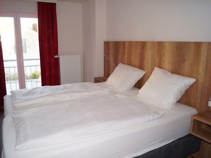 40 qm große Ferienwohnung mit Balkon und kostenfreien Wlan, location de vacances à Windelsbach