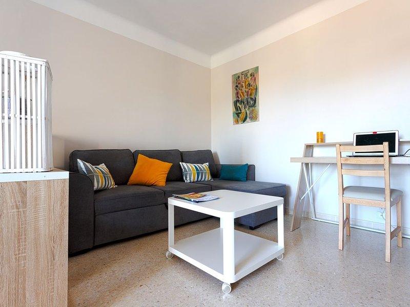 Appartement idéalement situé à Lunel, holiday rental in Marsillargues