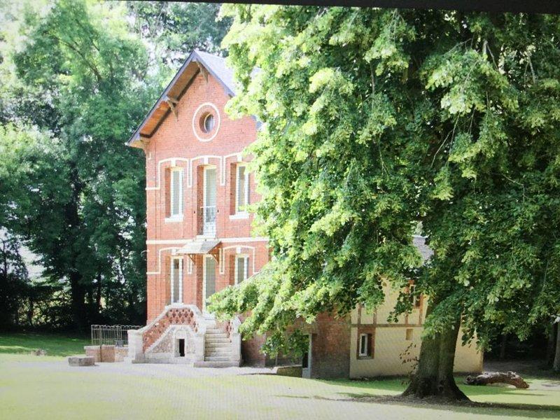 Maison Privée - Château du Landin, location de vacances à Saint-Paër
