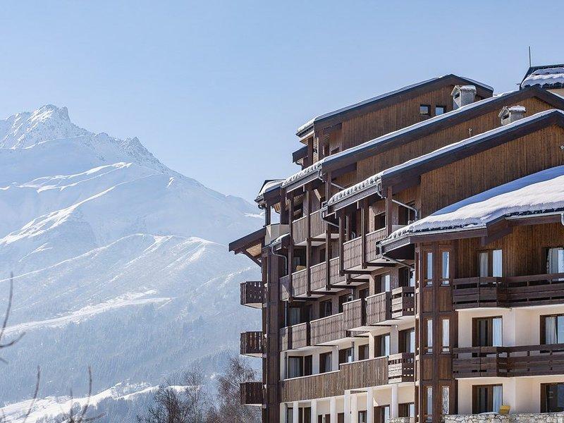 Valmorel Doucy retour skieur vue magnifique et parking, holiday rental in Doucy