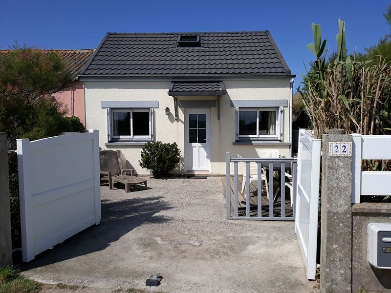 LA MAISON DE LA PLAGE, holiday rental in Cosqueville