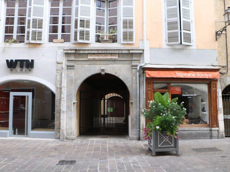 Chabod de Saint Maurice Meublé de Tourisme ***, location de vacances à Chambéry