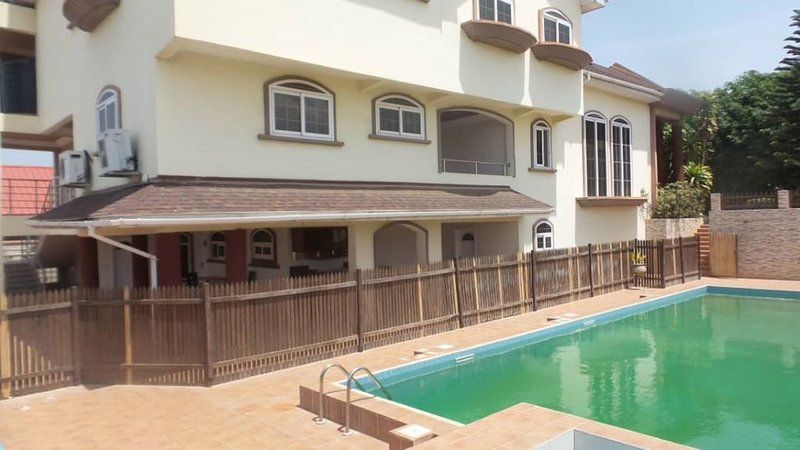 Joe Rians Luxury Apartment, vacation rental in Ashanti Region