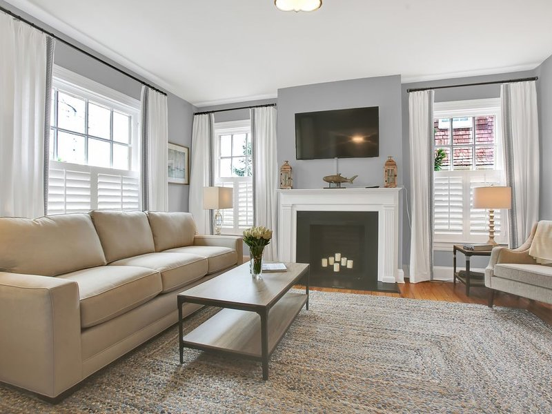 Charming Historic Annapolis with Impressive Updates Throughout, holiday rental in Davidsonville