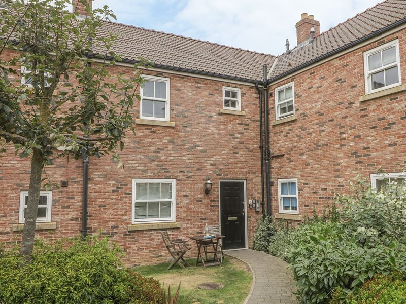 White Rose Apartment, FILEY, vacation rental in Filey