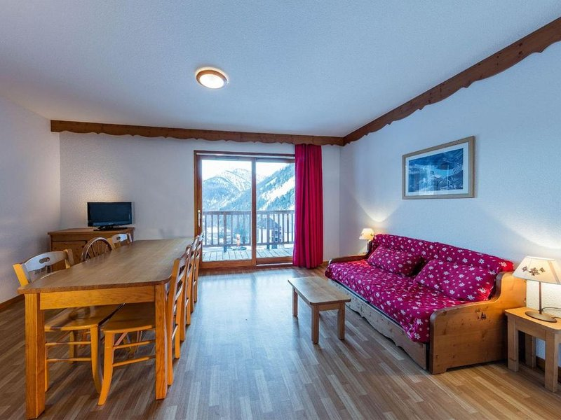 Pied des pistes de ski, terrasse, balcon, parking, casier à ski, 50m², Arvieux e, holiday rental in Arvieux