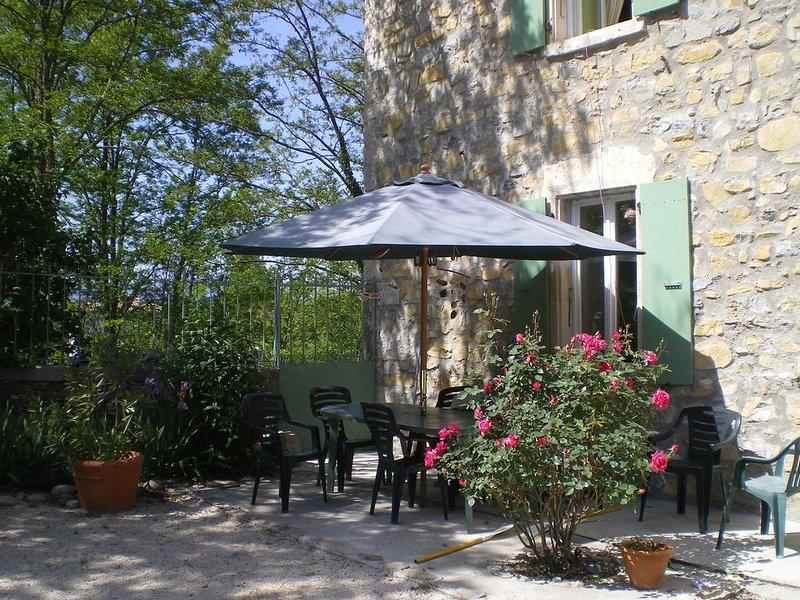 Le Mas - 13 pers avec piscine- Sud Ardèche, holiday rental in Chandolas